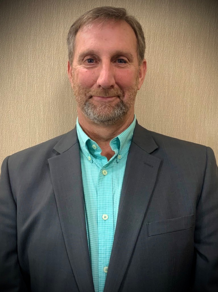 Daniel Bradshaw headshot